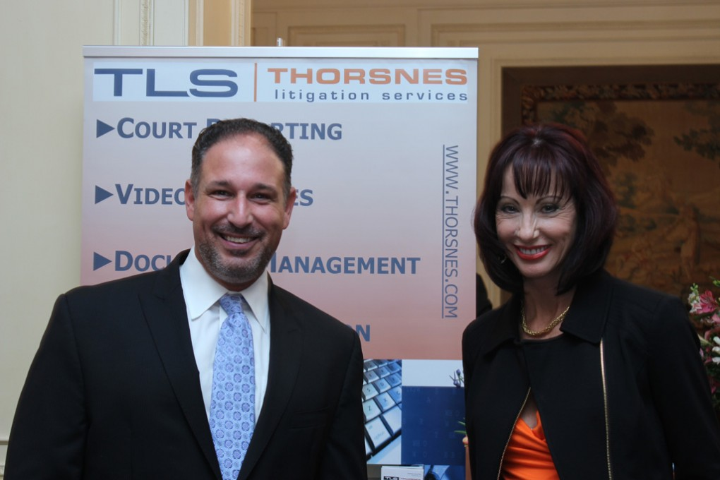 Jim-Drimmer-and-Susanne-de-la-Flor-of-Thorsnes-Litigation-Services