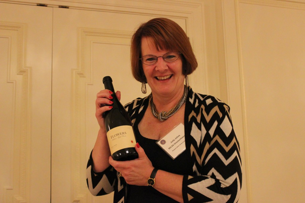 Judy-Johns,-winner-of-bottle-of-wine